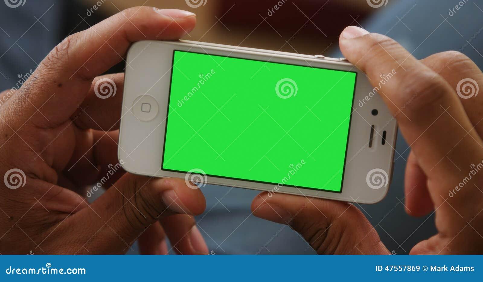 Plan rapproché de smartphone avec le chromakey
