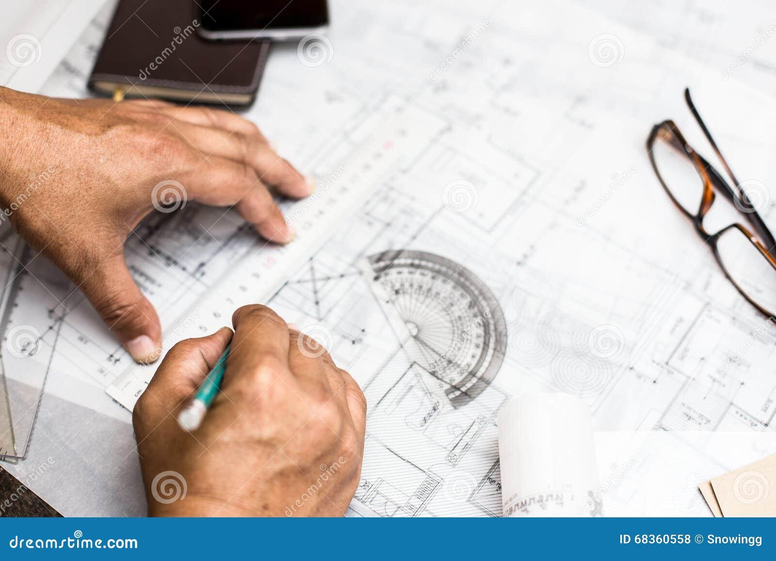 plan rapproch u00e9 du plan de dessin de la main de la personne