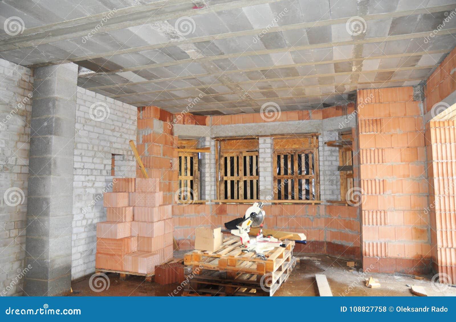 plafond avec poutre awesome plafond de cuisine lgant eclairage plafond avec poutres fashion. Black Bedroom Furniture Sets. Home Design Ideas