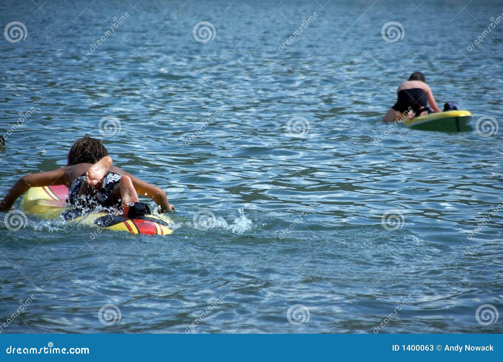Planches de surfing d enfants