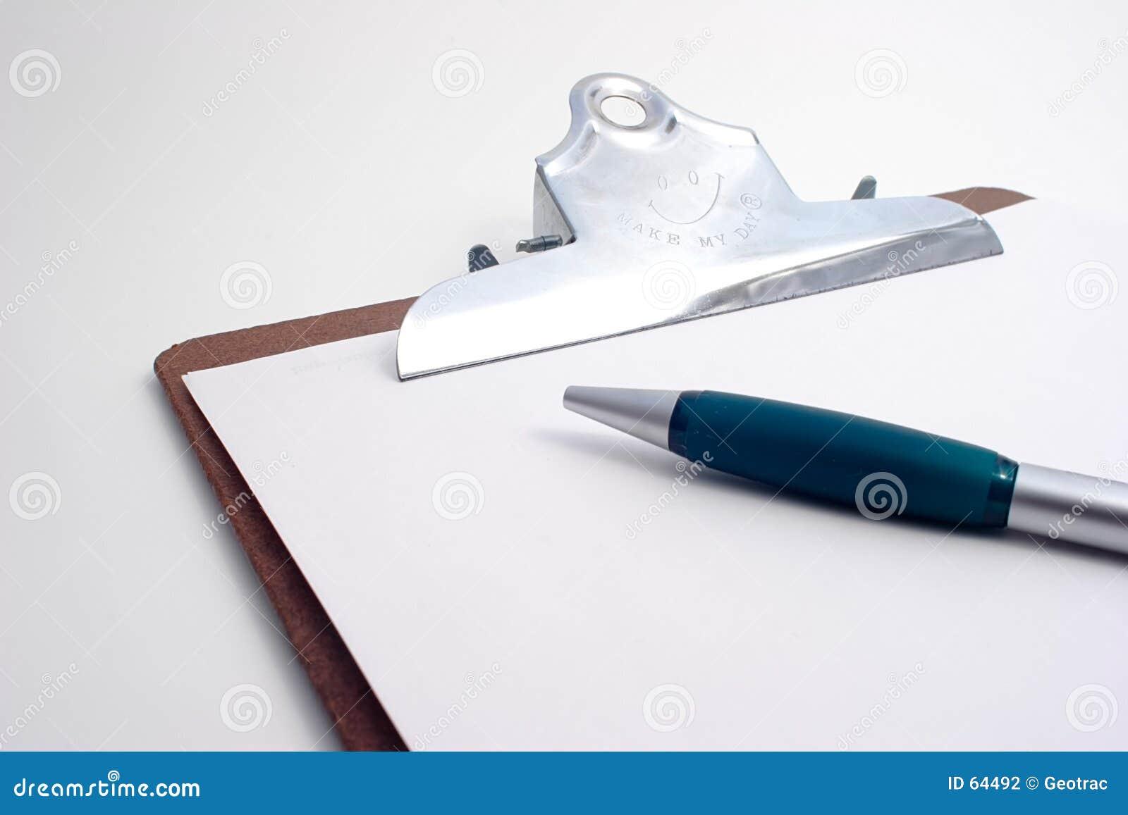Planchette de projet avec le crayon lecteur