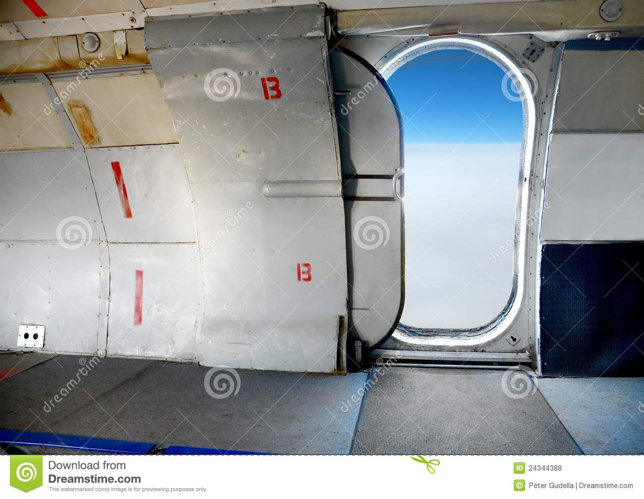 Cabin Door High Interior Open Plane . & Airplane Door Open \u0026 Japan Airlines Boeing 747 Aircraft With Cargo ... Pezcame.Com