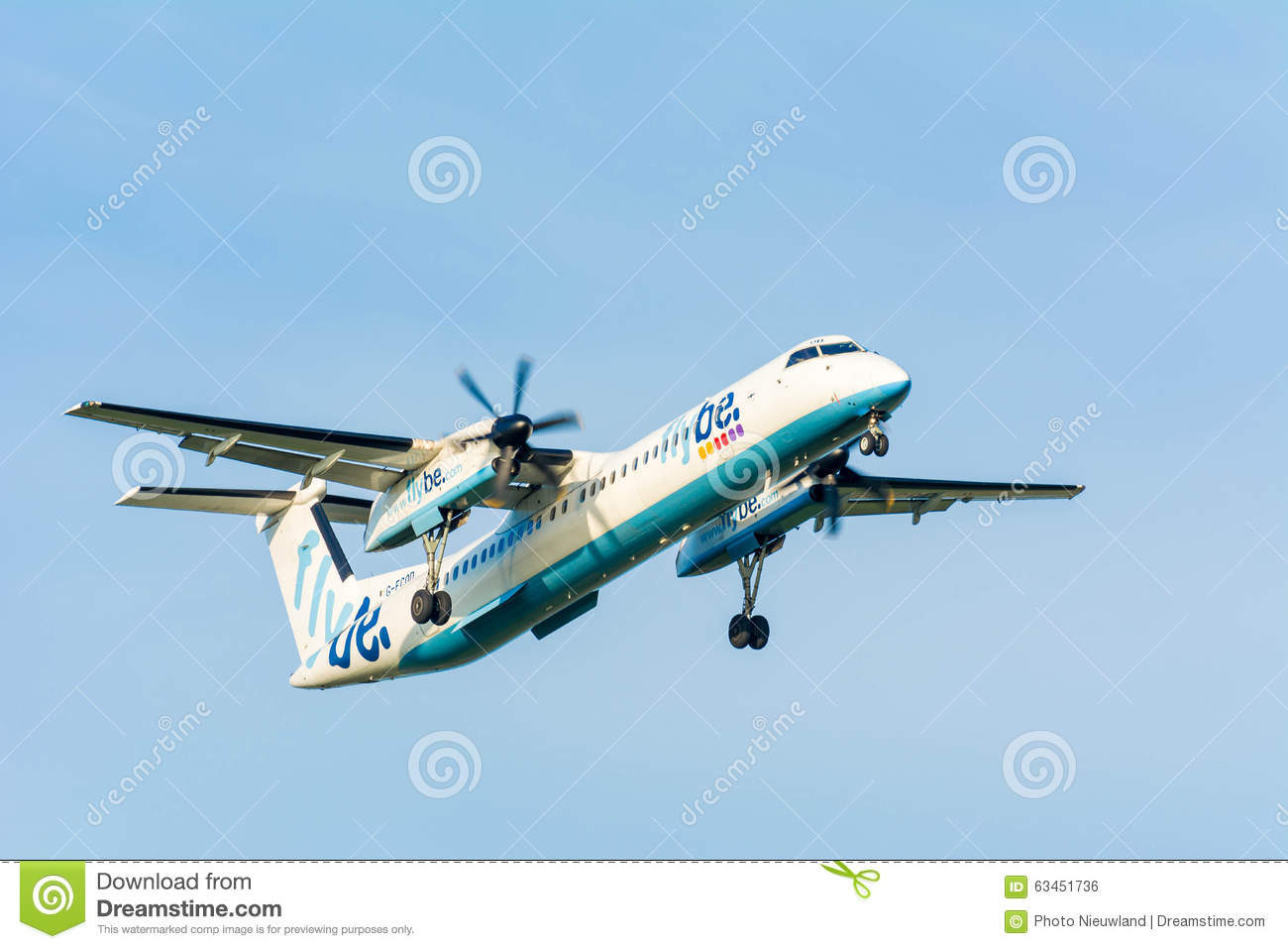Schiphol, Noord-Holland/Netherlands- October 26-10-2015 -Plane from Flybe  De Havilland Canada G-ECOD DHC-8-400 is landing at Schiphol airport.
