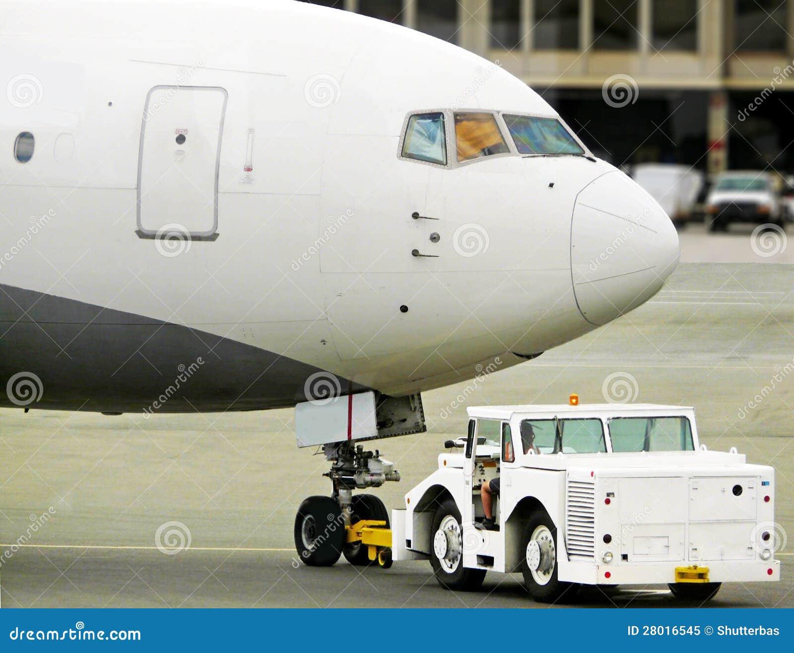 plane push back stock image image of airport depart 28016545