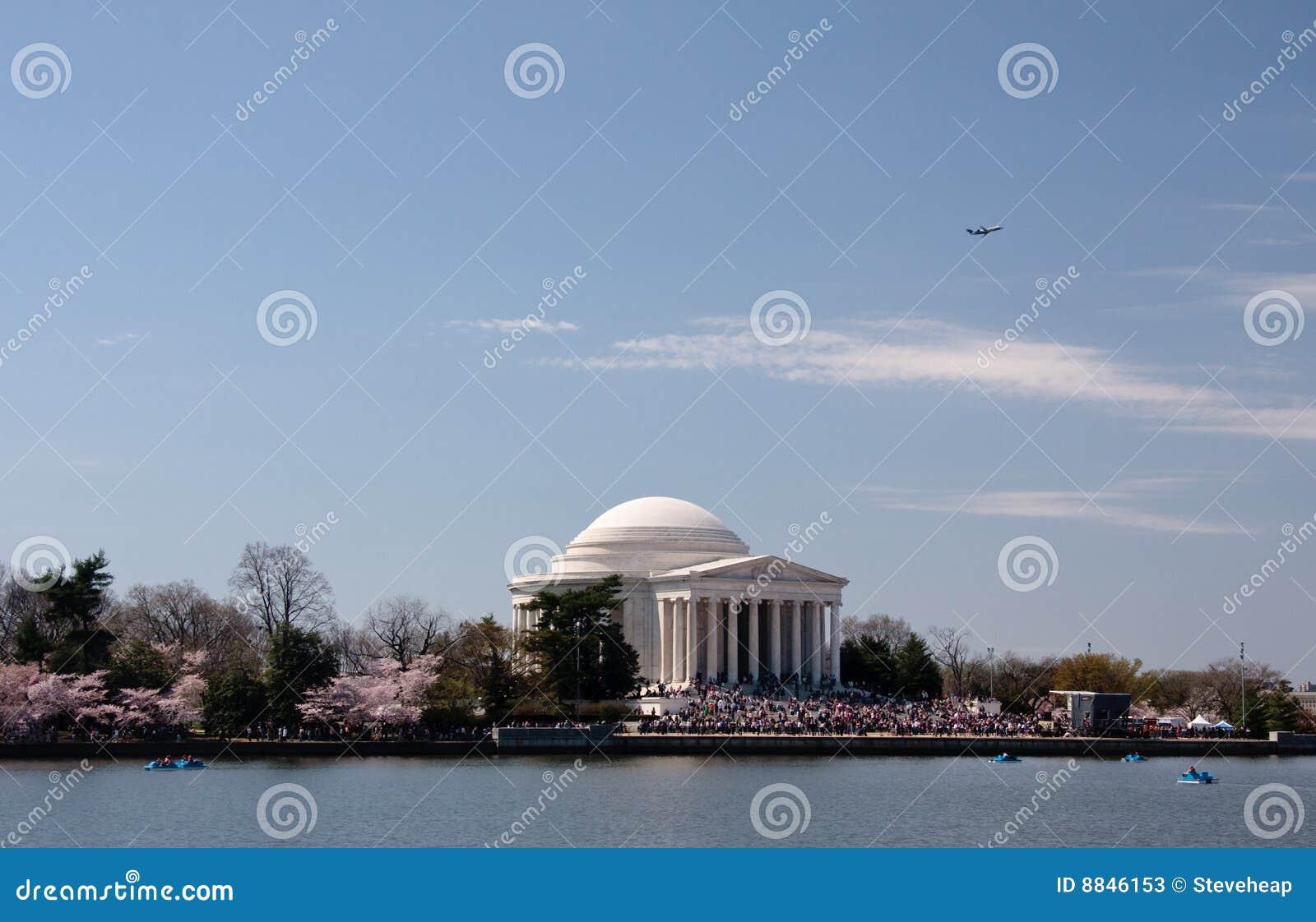 Plane taking off over Jefferson Memorial
