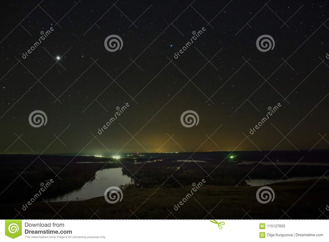 Planet Jupiter and stars in the night sky.