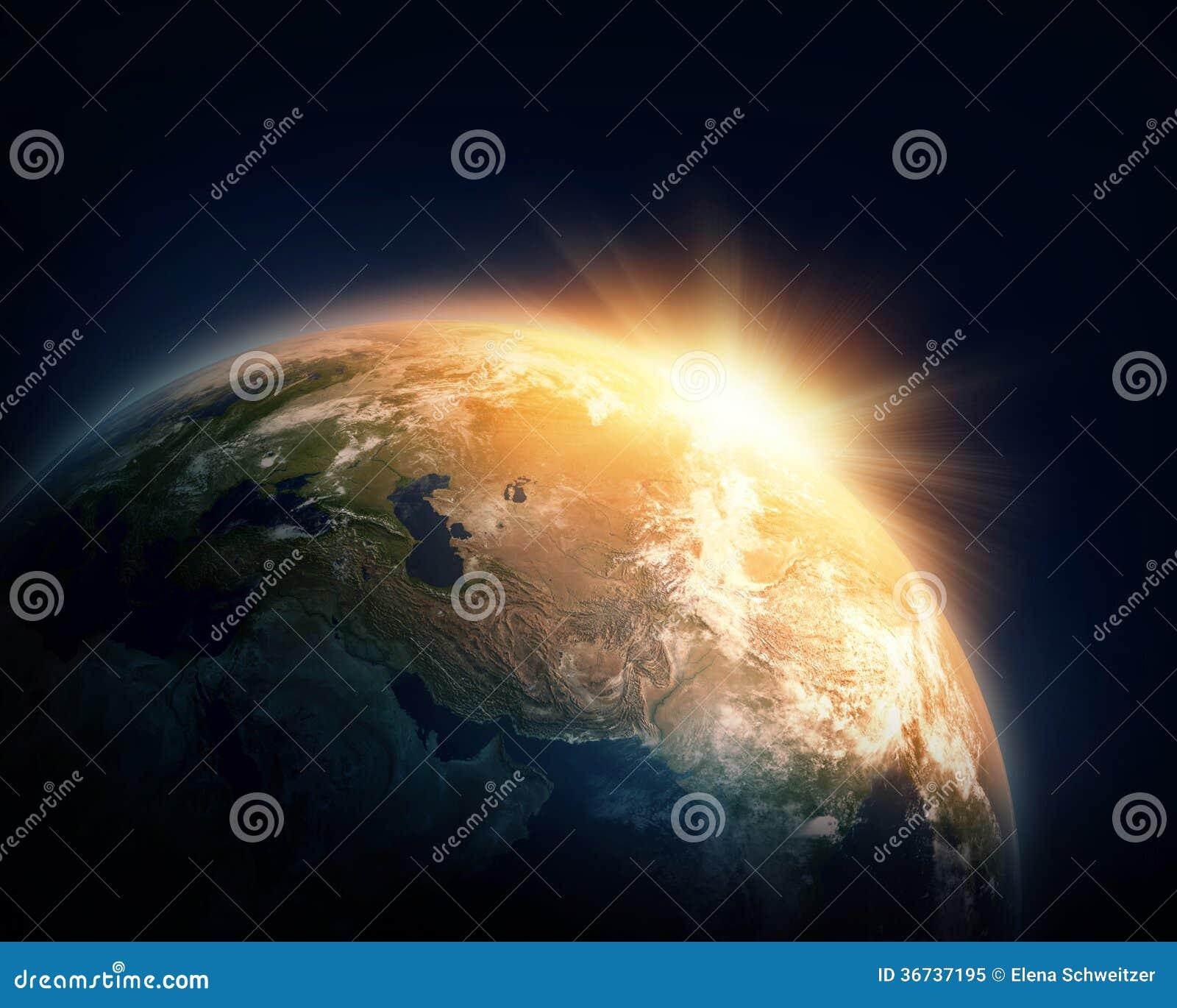 Planetenerde und -sonne