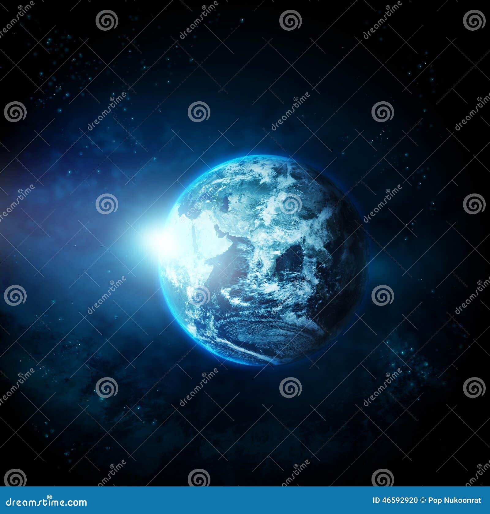 Planetjord med solresning från utrymme-original bild från NASA