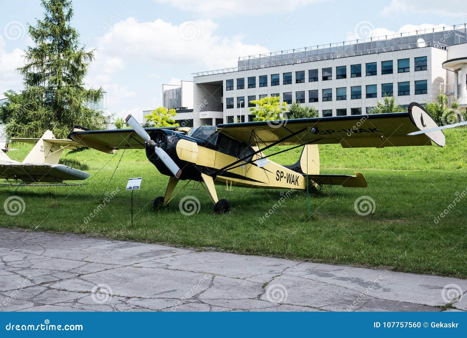 Planieren Sie mit Propeller im Luftfahrt-Museum in Krakau