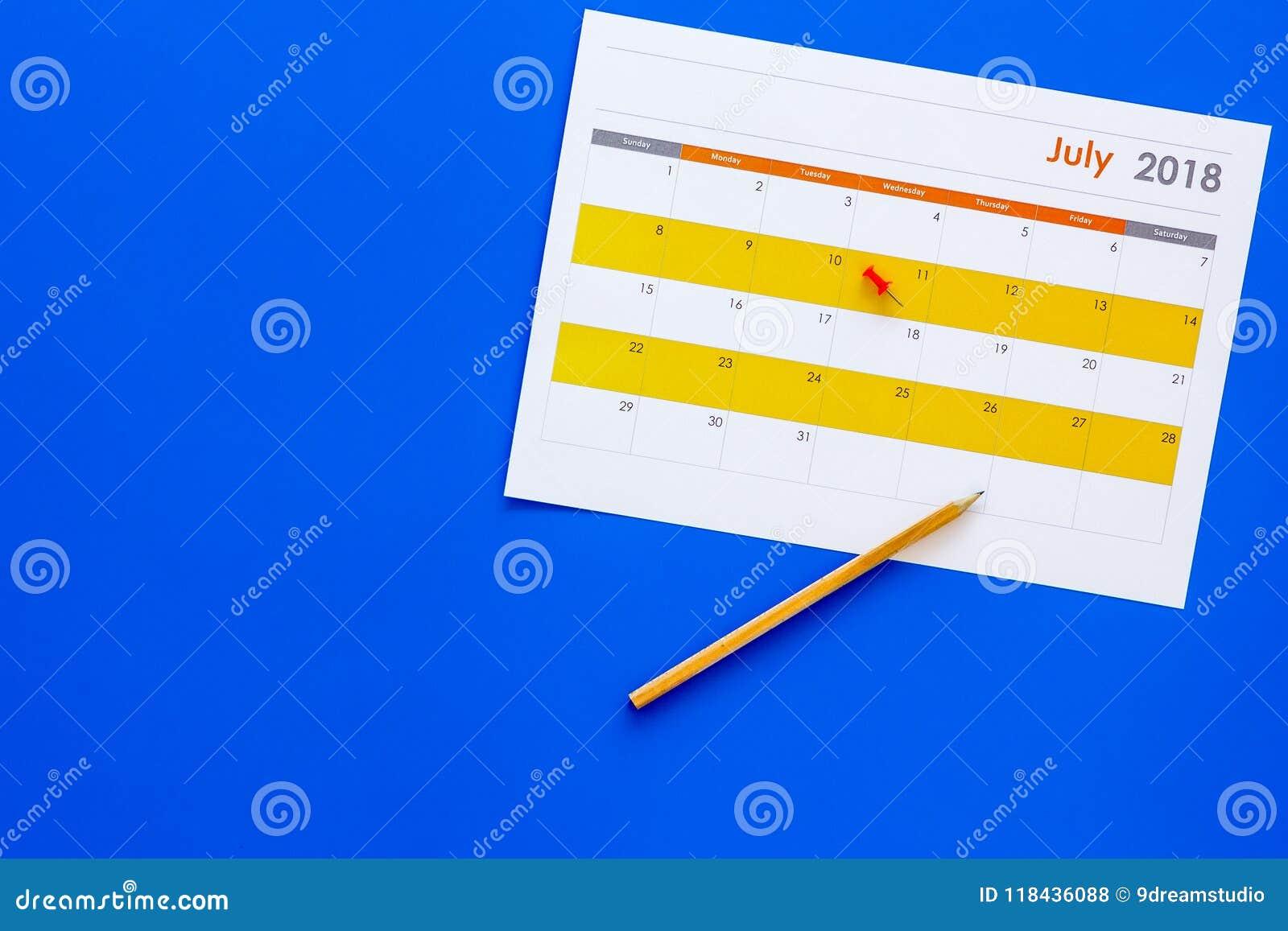 Planification Dirigez la date dans le calendrier par la punaise Fixez le but Choisissez la date Calendrier sur la copie bleue de