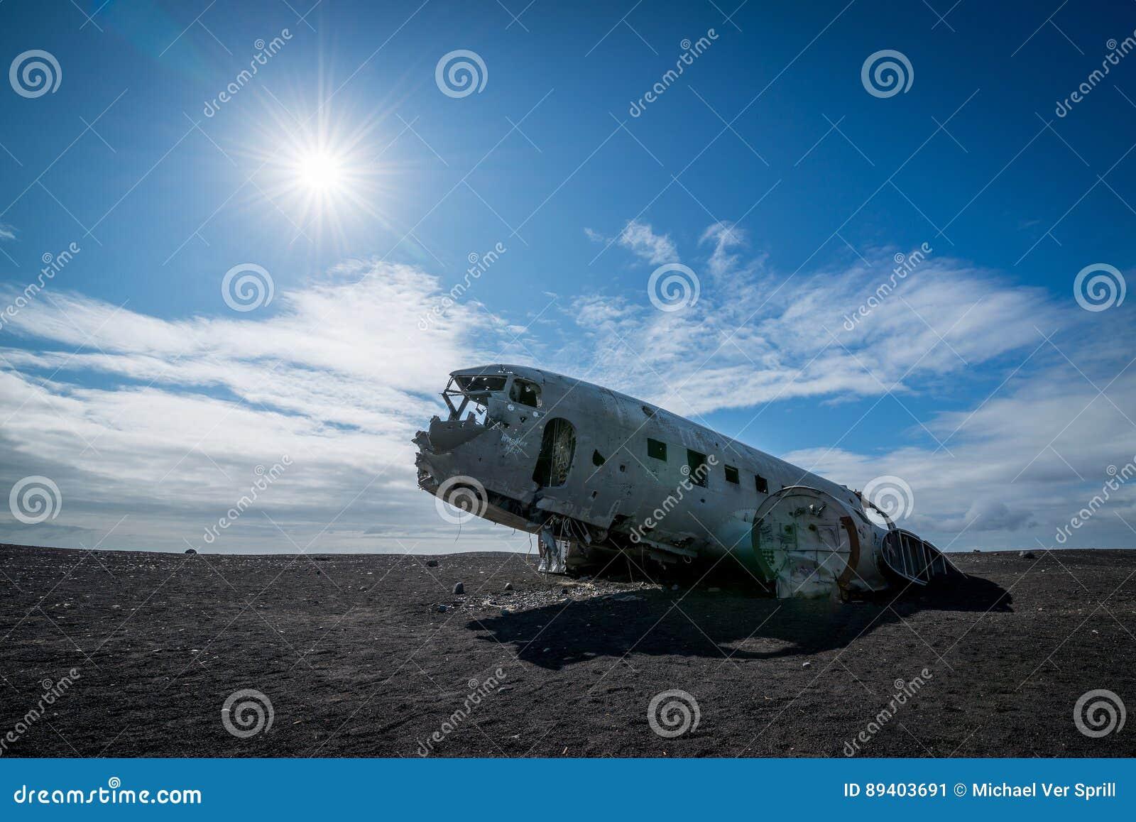 Plano abandonado da C.C. 3 em Islândia