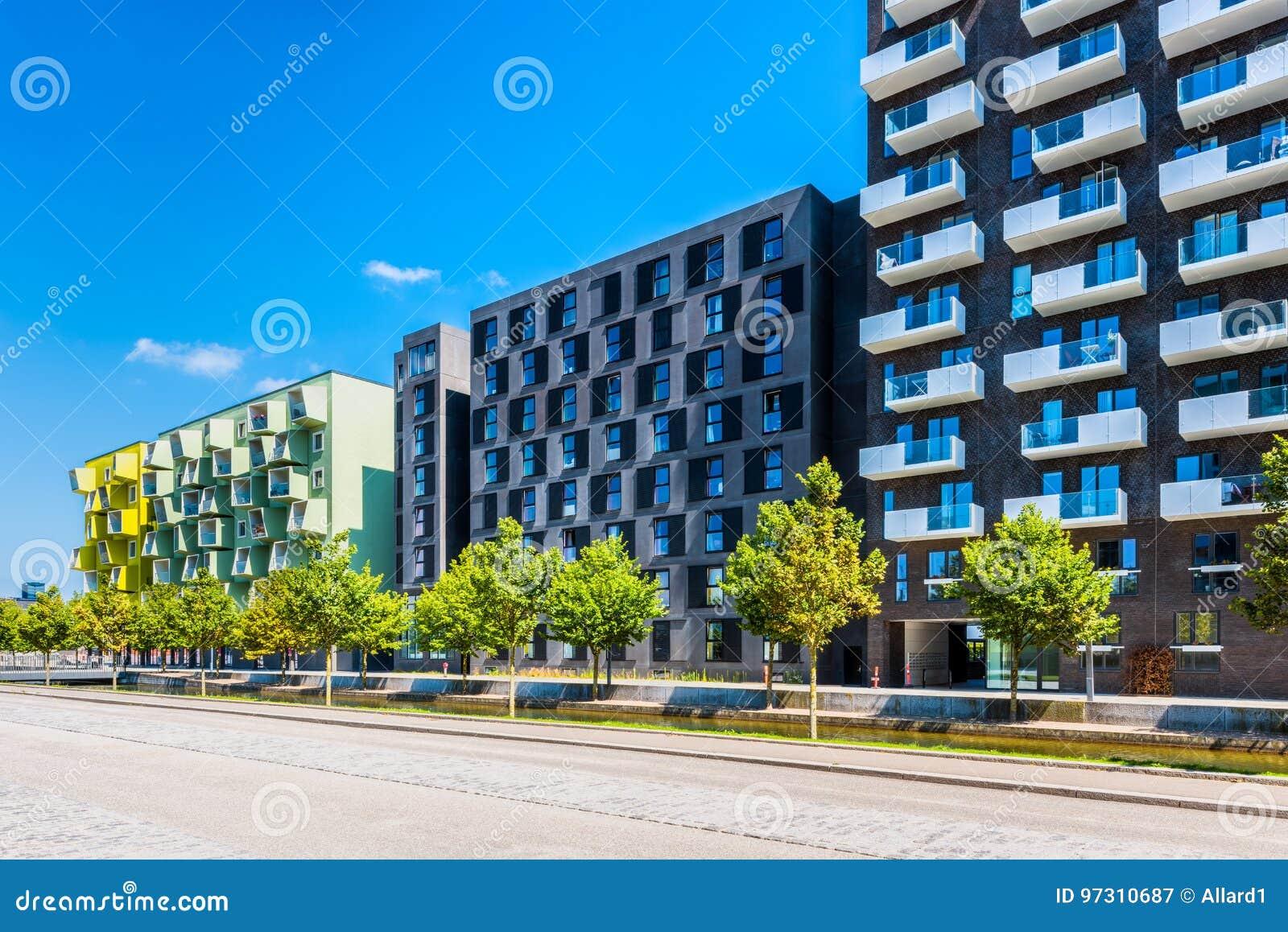 Planos Modernos Del Apartamento En El Distrito De Orestad De