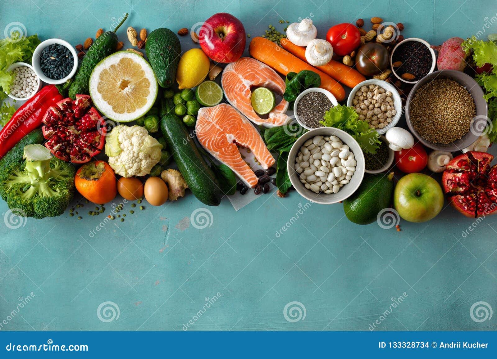 Plant lekmanna- sunt bantar matsädesslagfrö fiskar grönsaker som frukter stenar bästa sikt för bakgrund