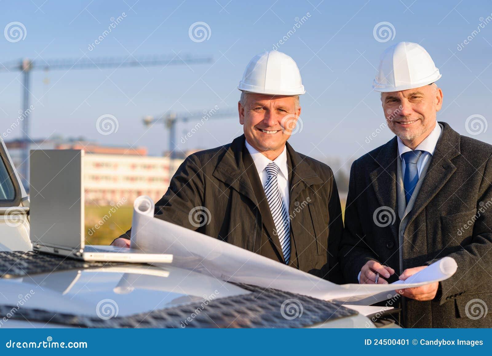 Planta da construção da preensão do colaborador do arquiteto