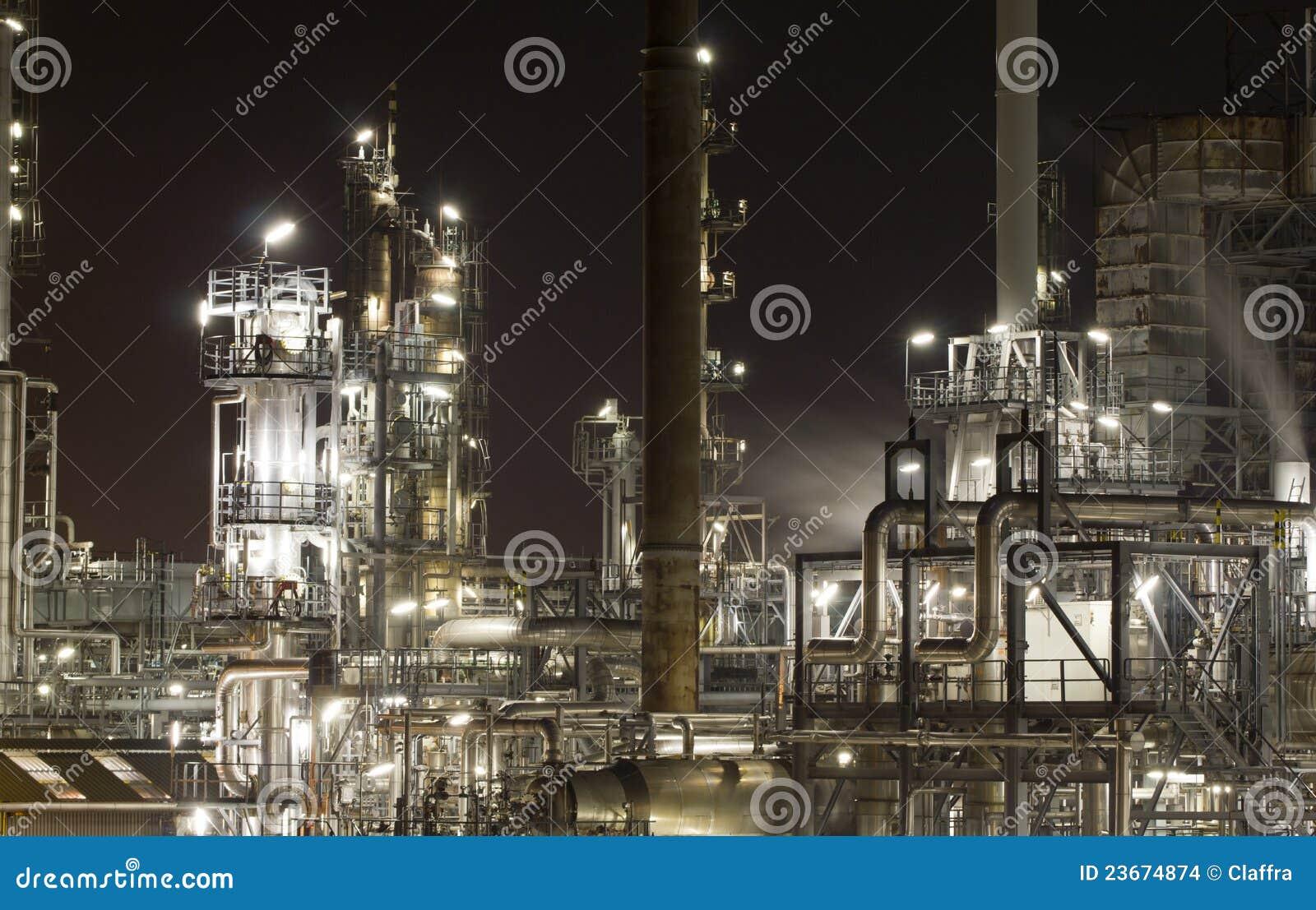 Planta da refinaria de petróleo