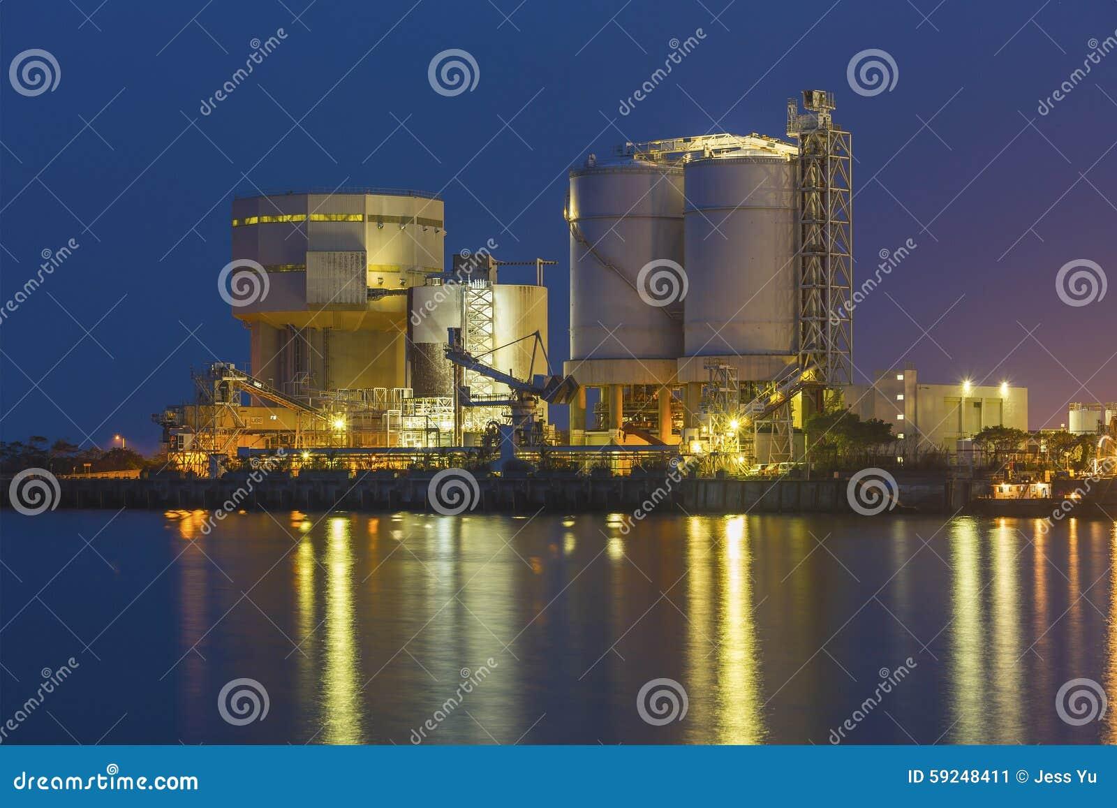 Planta industrial petroquímica