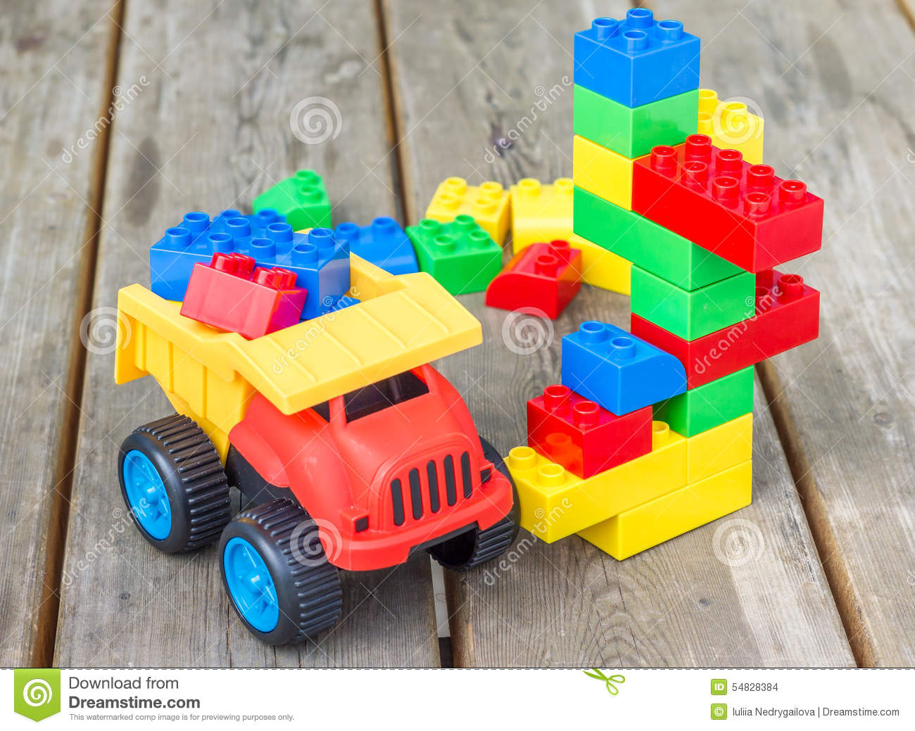 Plastic building blocks and toy truck