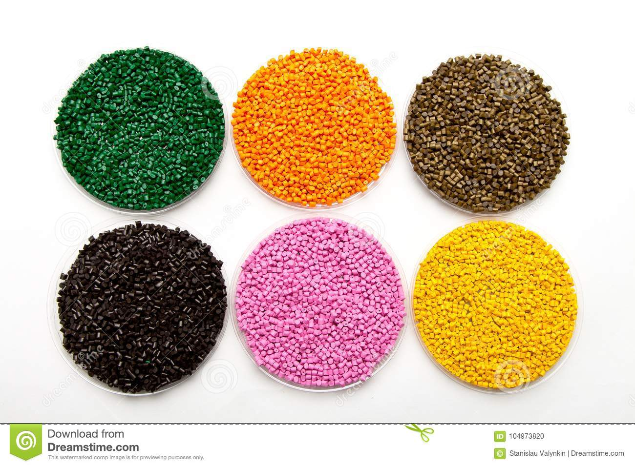 Plastic pellets . Colorant for polymers in granules.