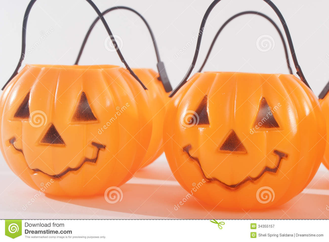 happy plastic - Plastic Pumpkins