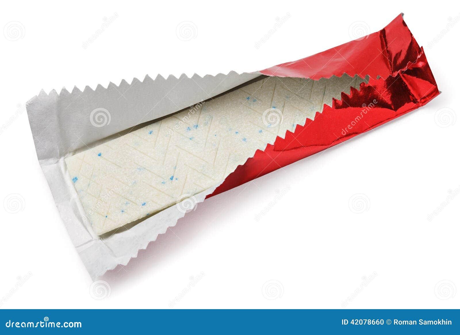 Plat de chewing gum dans l 39 aluminium rouge sur le blanc photo stock image 42078660 - Comment enlever du chewing gum sur du tissu ...