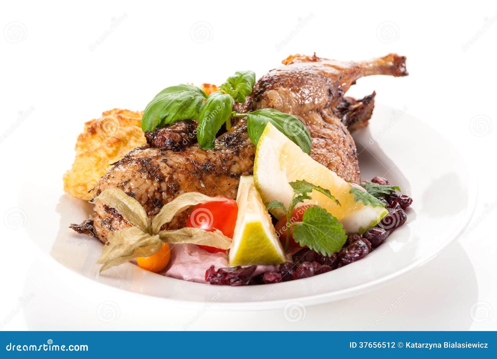 plat de restaurant aile de poulet avec des pommes de terre photographie stock image 37656512. Black Bedroom Furniture Sets. Home Design Ideas