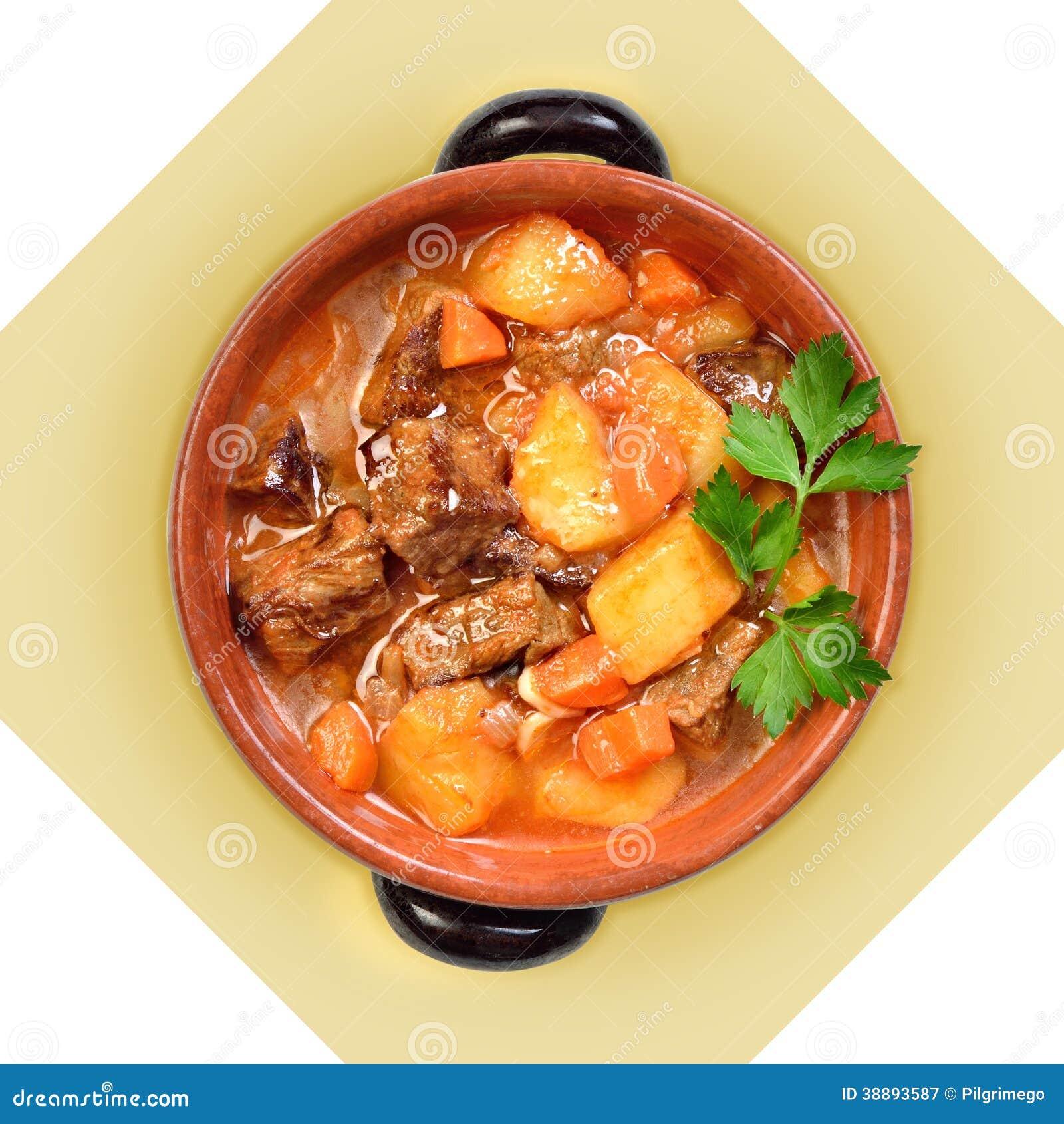 plat de soupe viande avec des pommes de terre dans le pot en c ramique photo stock image. Black Bedroom Furniture Sets. Home Design Ideas