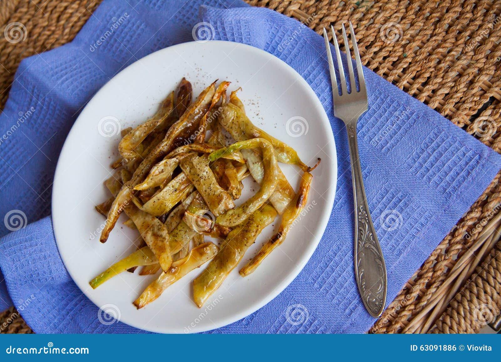 Download Plat Des Haricots Verts Frits Photo stock - Image du cuisine, manger: 63091886