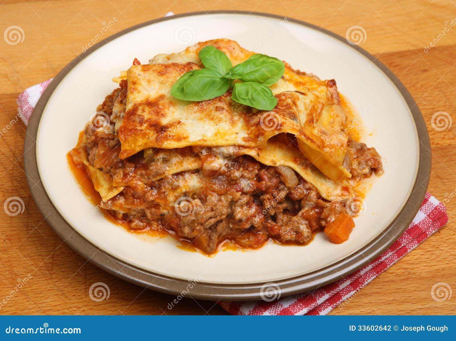 Plat Fait Maison De Lasagne De Boeuf Photo Stock Image Du Table Baked 33602642