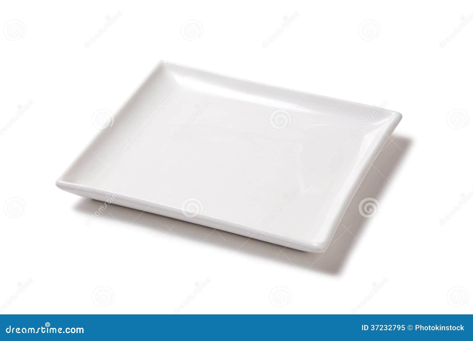 Plat rectangulaire vide blanc de porcelaine sur un fond blanc