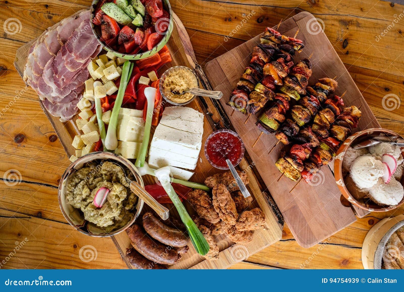 Plat roumain traditionnel de nourriture