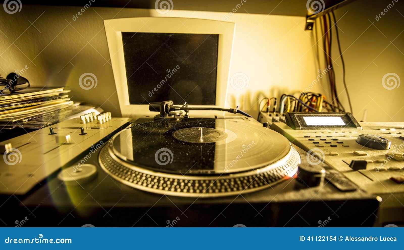 Plataforma giratória no estúdio de gravação home