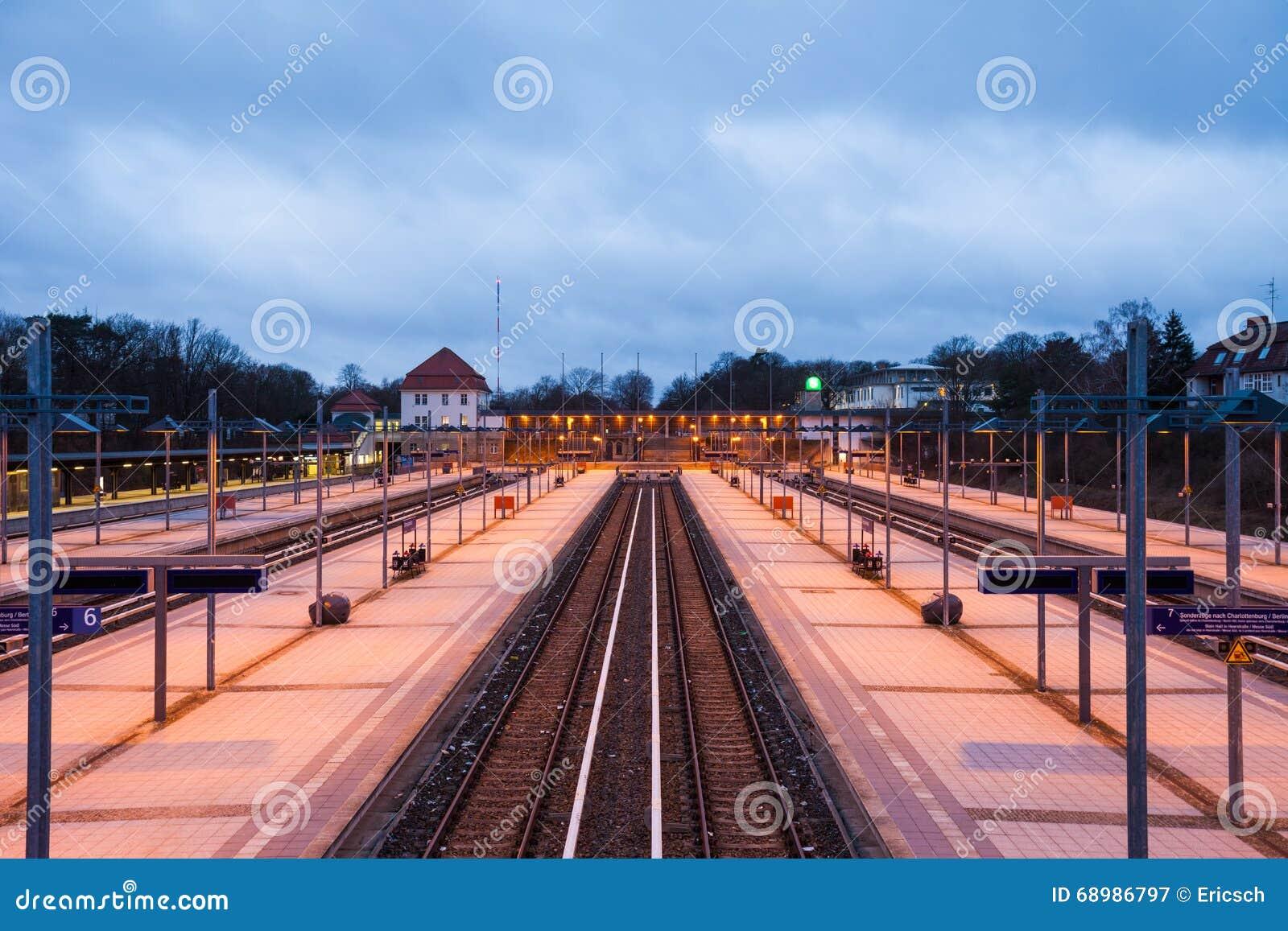 Plataformas ferroviarias, Berlin Olympiastadion