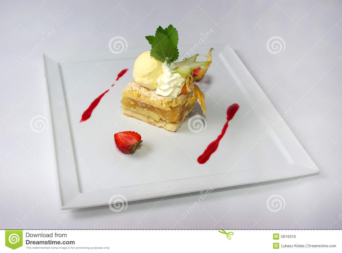Plate Of Apple Pie Stock Image Image Of Hunger Cold 5619319