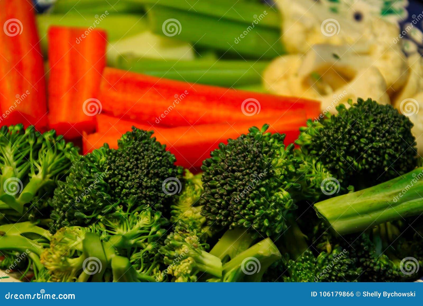 Plateau des légumes frais et croquants