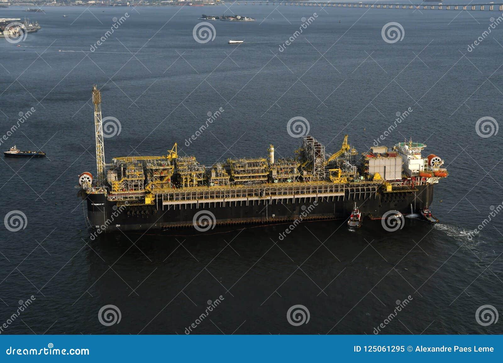 Plateforme pétrolière P67