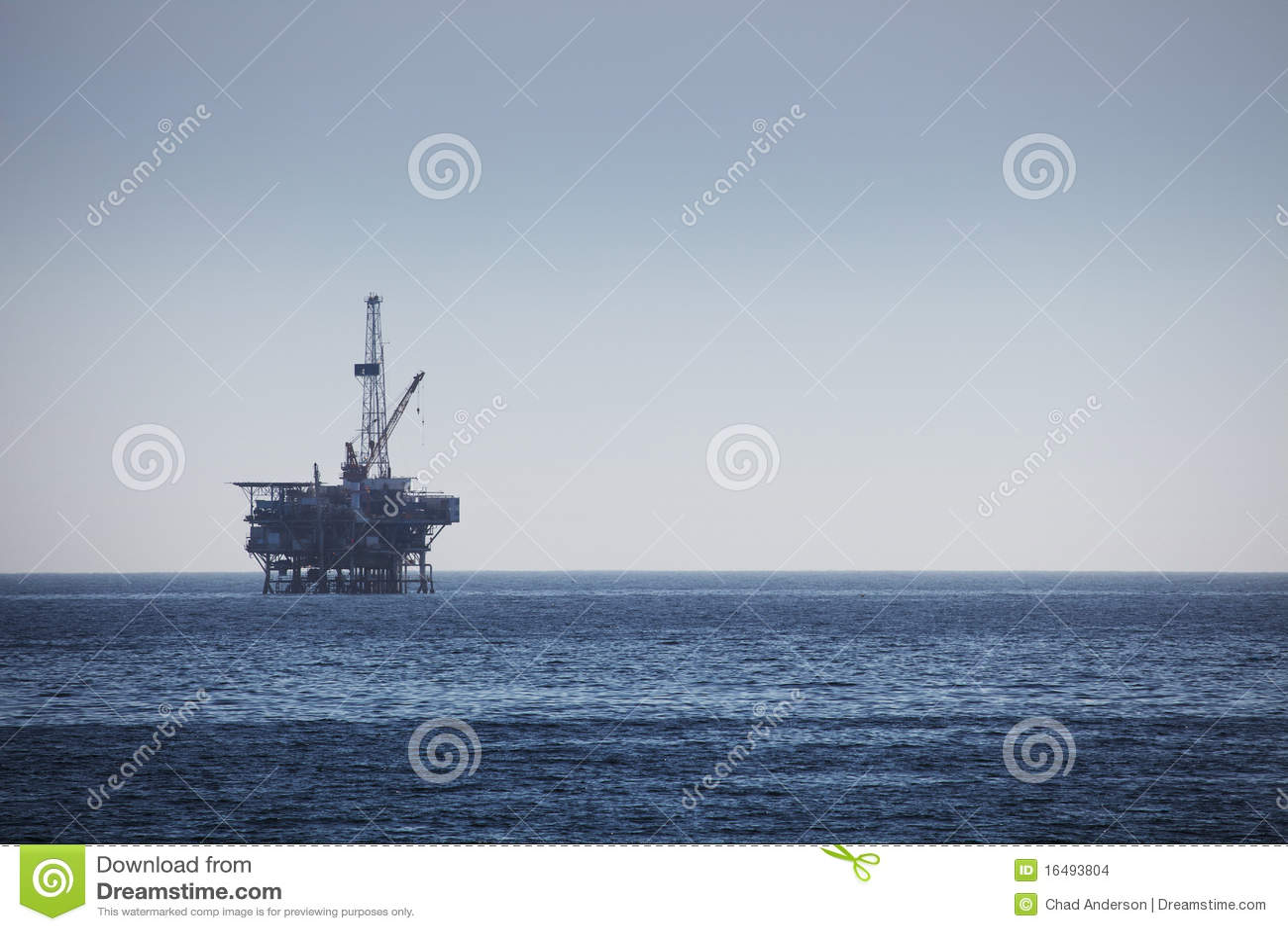 Platforma wiertnicza wiertniczy na morzu takielunek