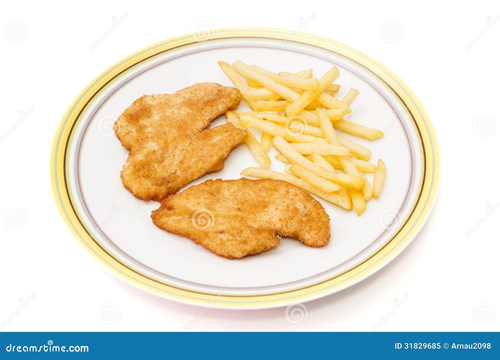Plato de la pechuga de pollo con las patatas foto de - Platos con pechuga de pollo ...