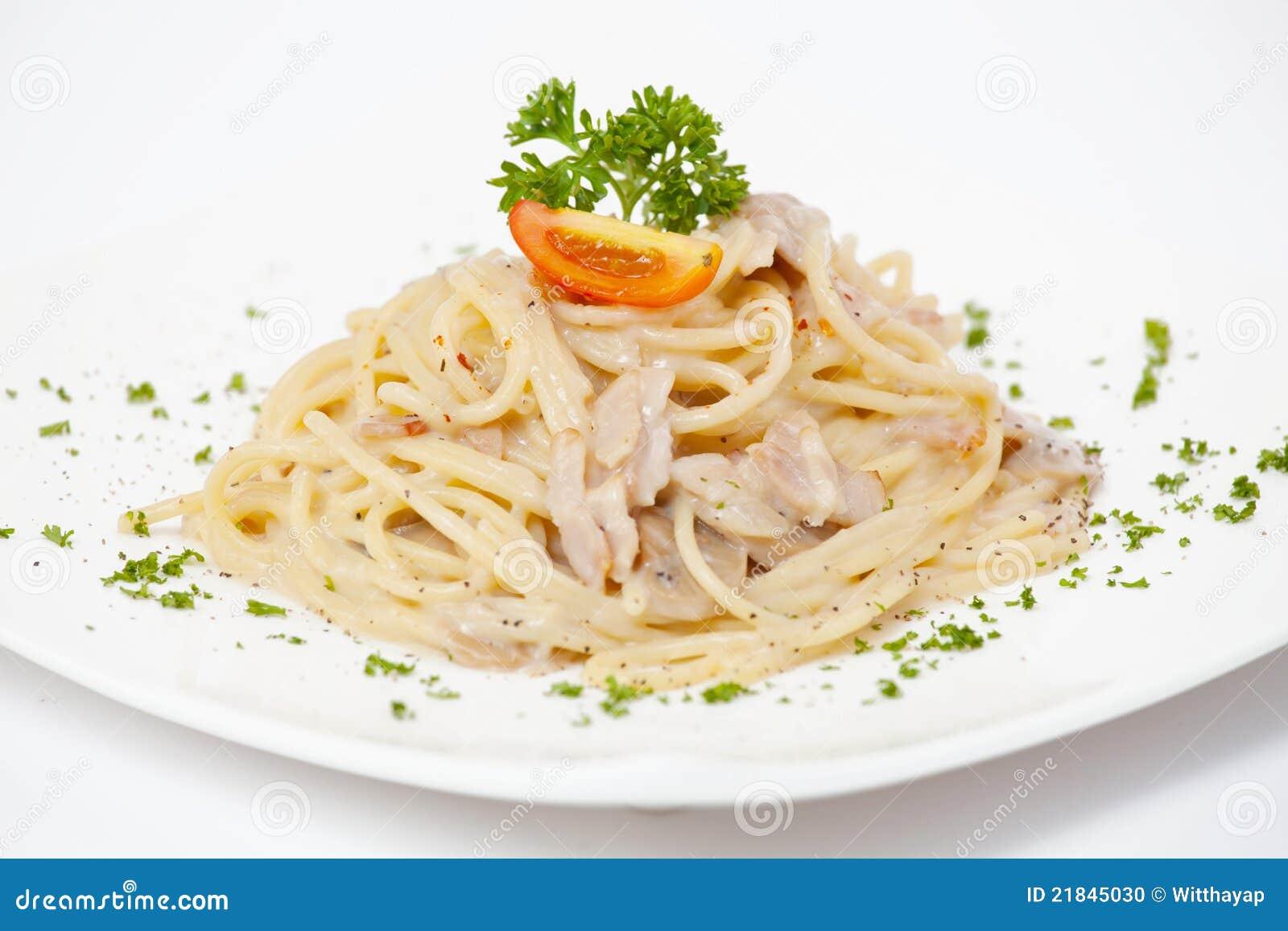 Plato del espagueti foto de archivo imagen 21845030 for Plato de espaguetis