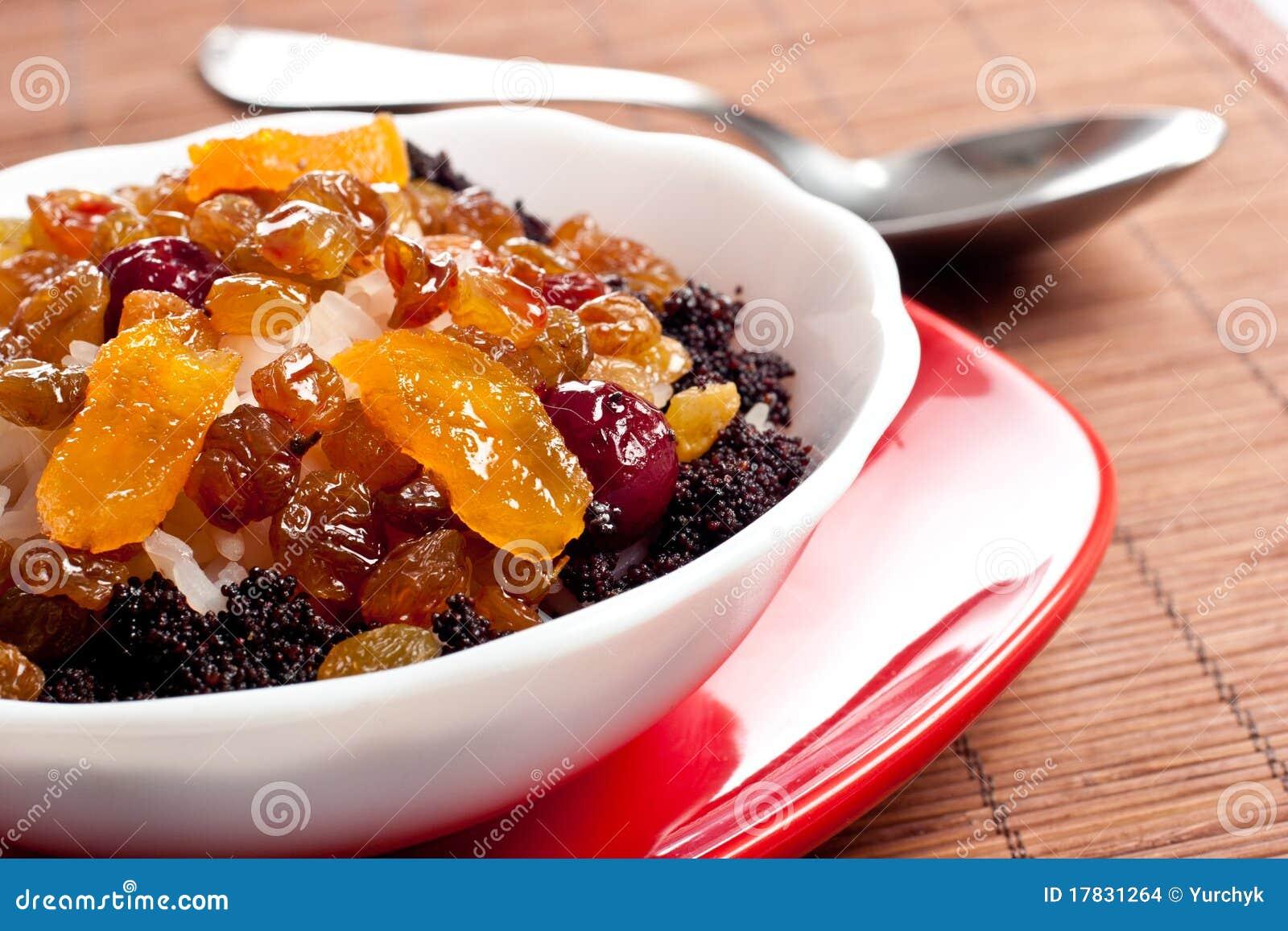 Plato dulce con arroz y frutas escarchadas foto de archivo for Platos dulces