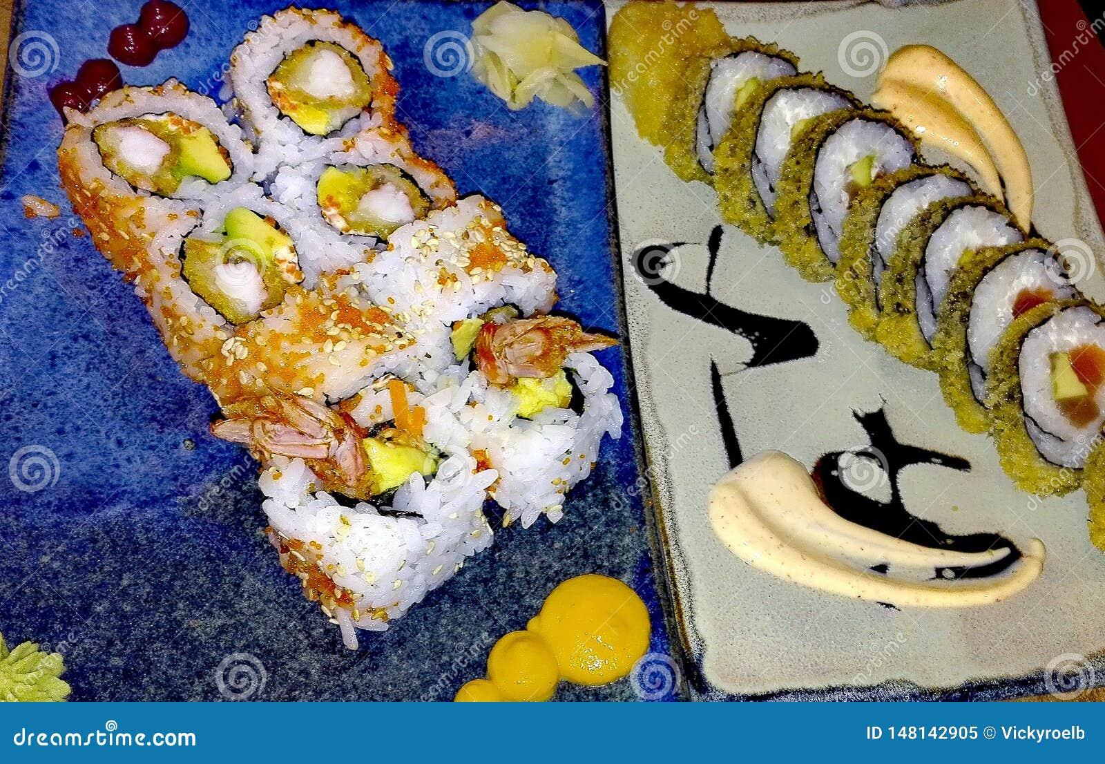 Plato gastrónomo del sushi