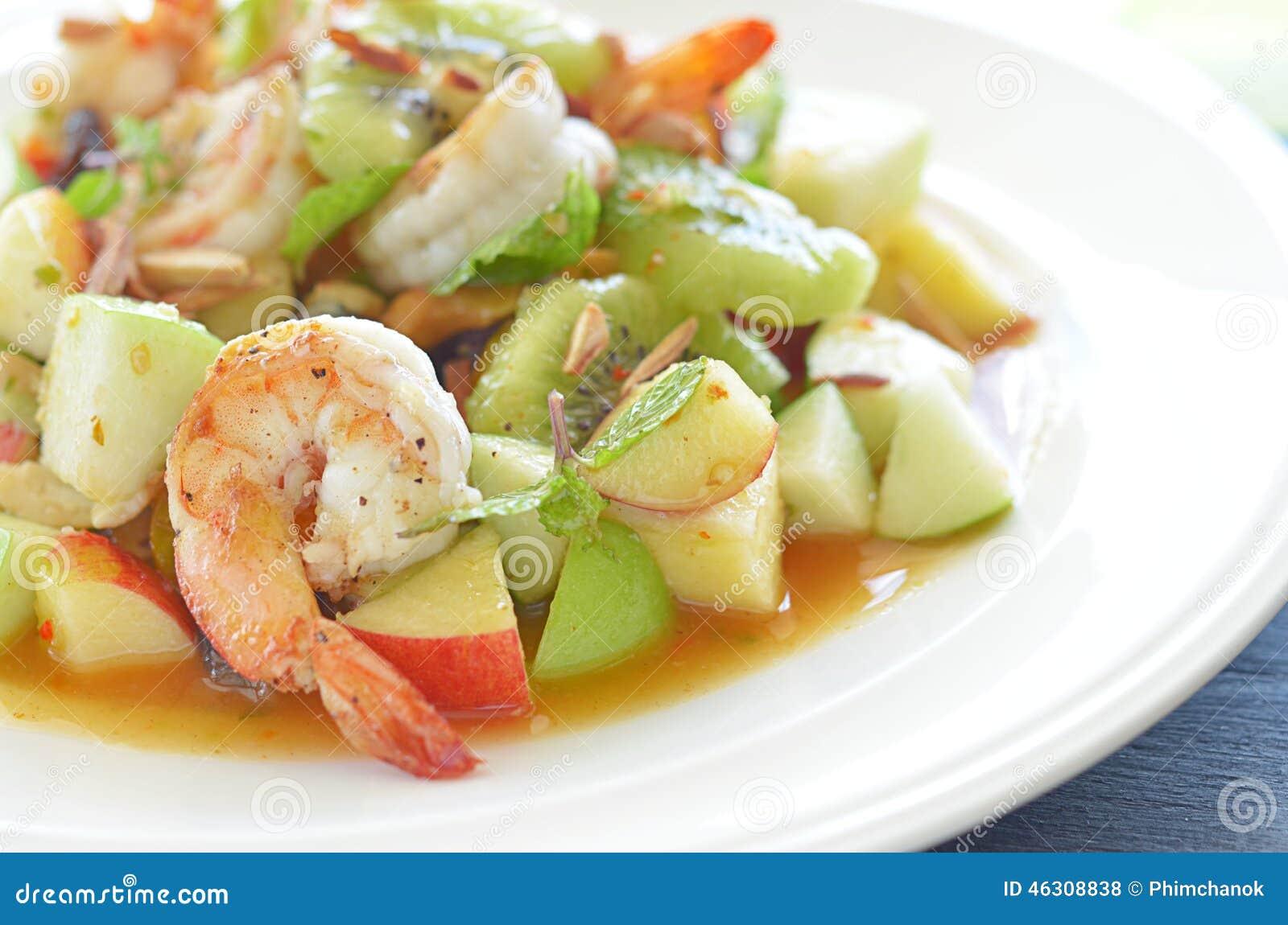 Plato picante de la ensalada del camarón