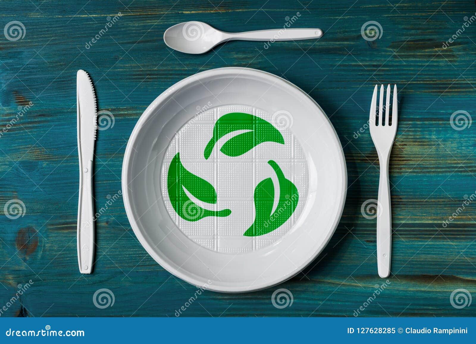 Plato plástico reciclable