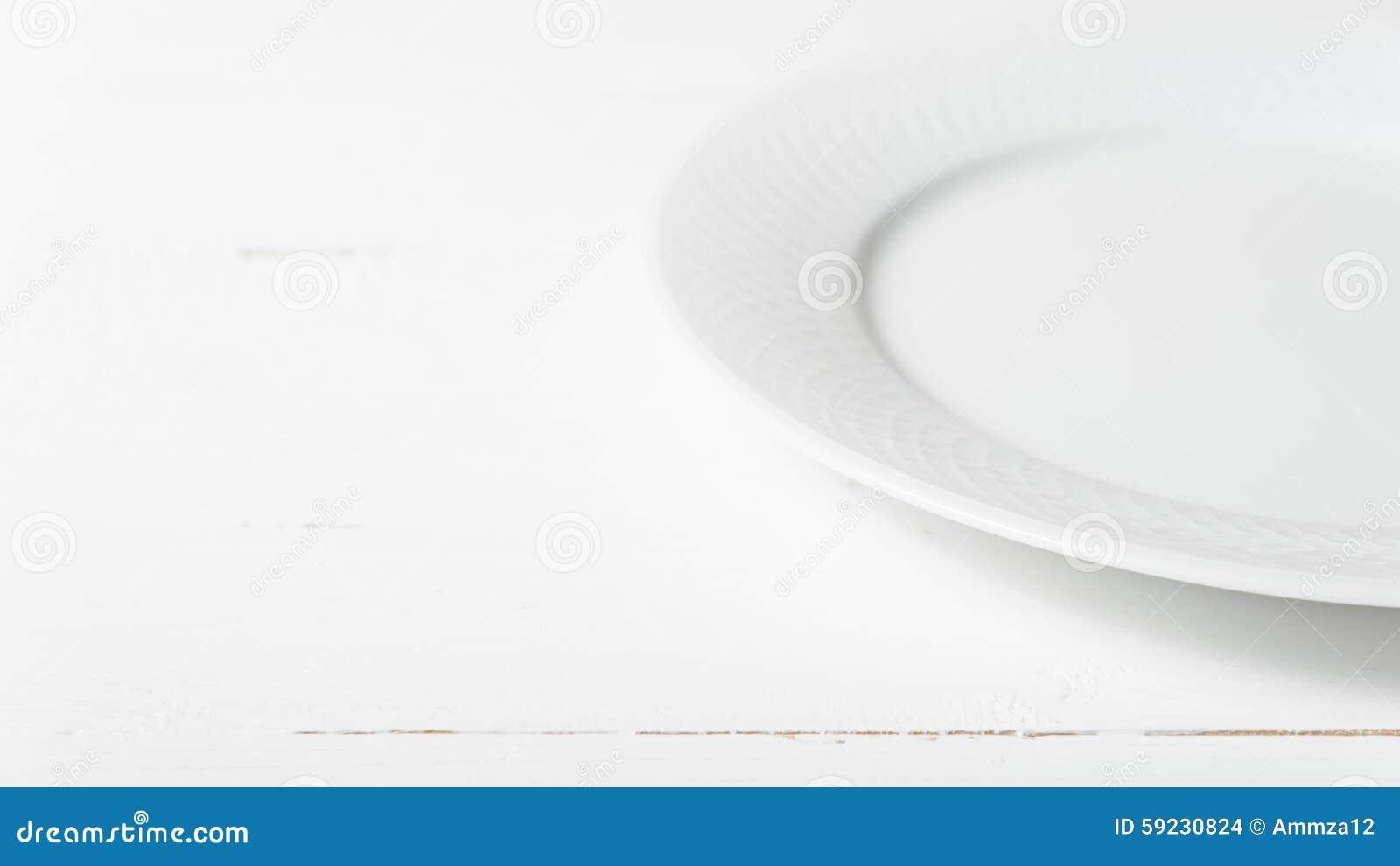 Download Plato vacío foto de archivo. Imagen de extracto, kitchenware - 59230824