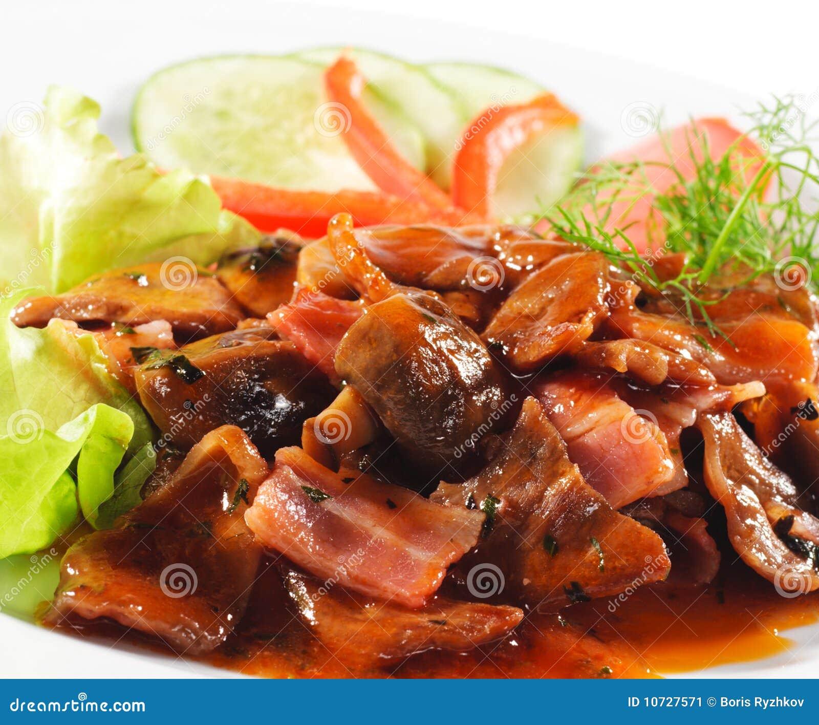 Platos calientes de la carne - guisado de carne de vaca