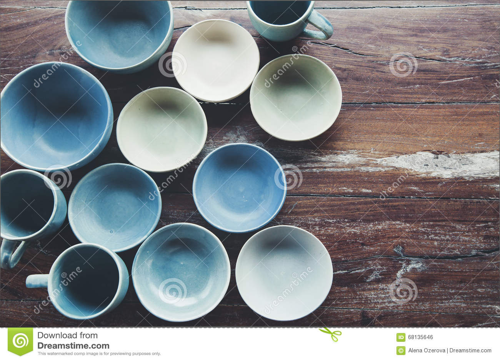 Platos de cer mica hechos a mano foto de archivo imagen - Platos de ceramica ...