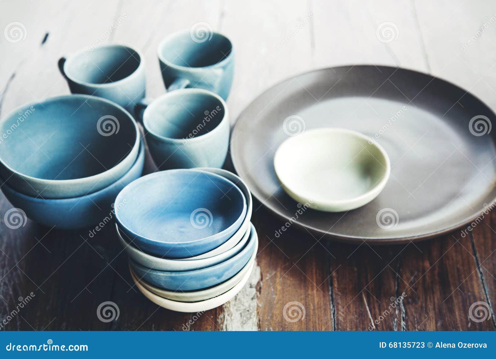 Platos de cer mica hechos a mano foto de archivo imagen for Platos de ceramica