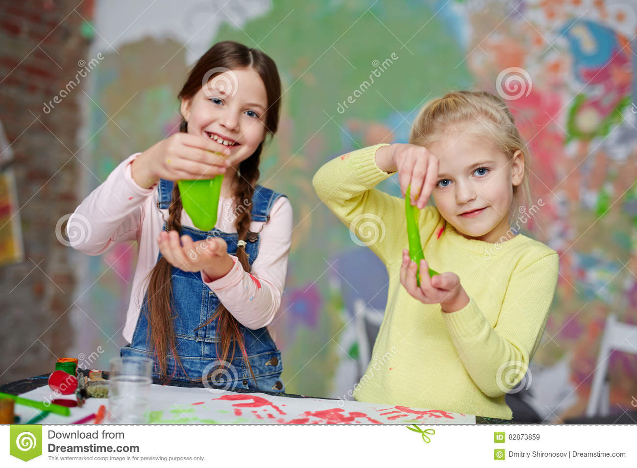 Kinder Garden: Play With Slime Stock Image. Image Of Children