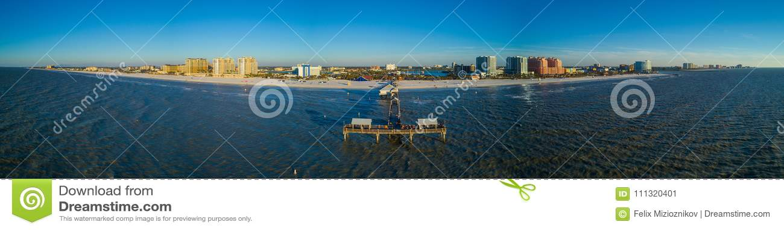 Playa aérea Pier Florida de Clearwater del panorama