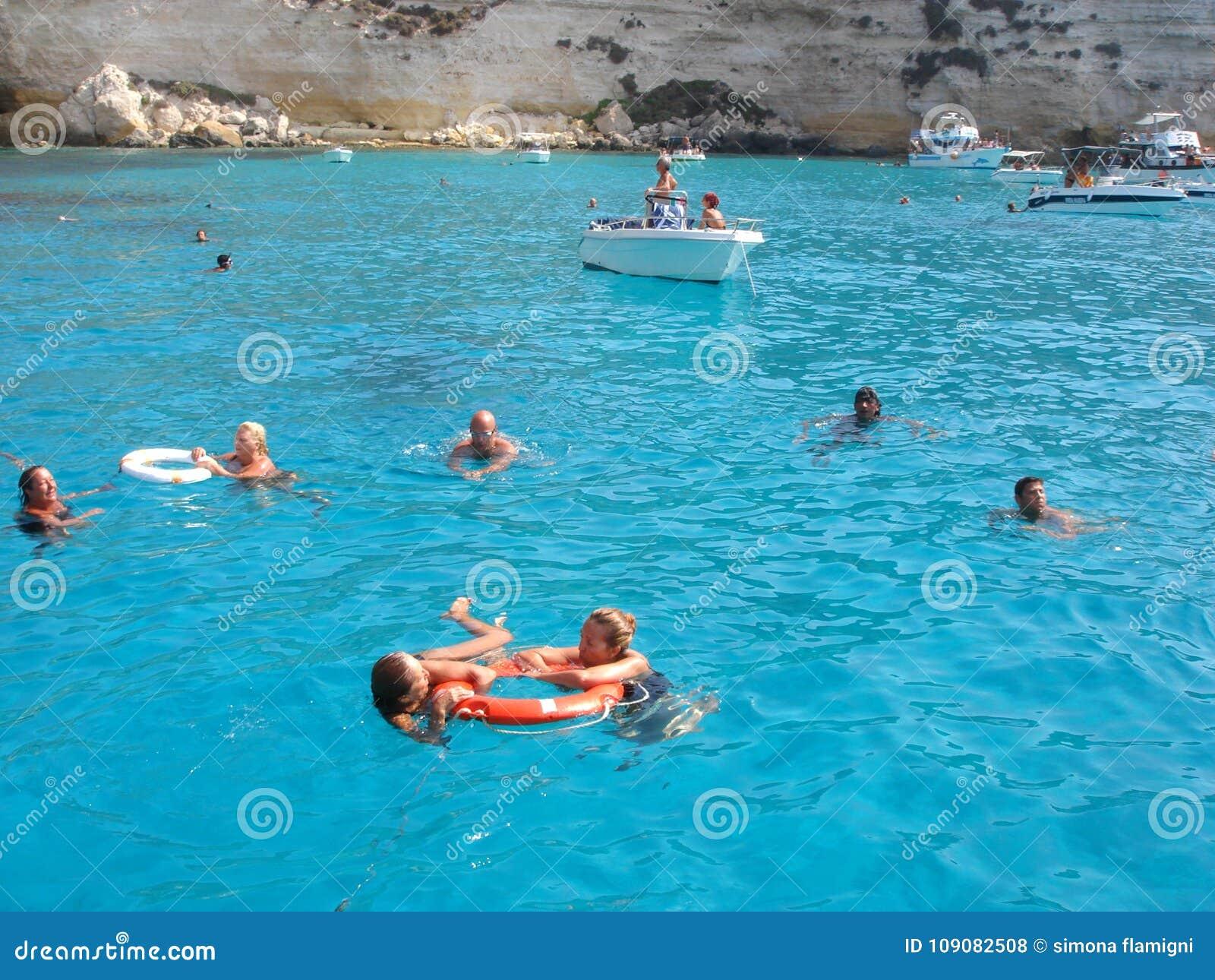 Playa de Conigli del dei de Isola en Lampedusa