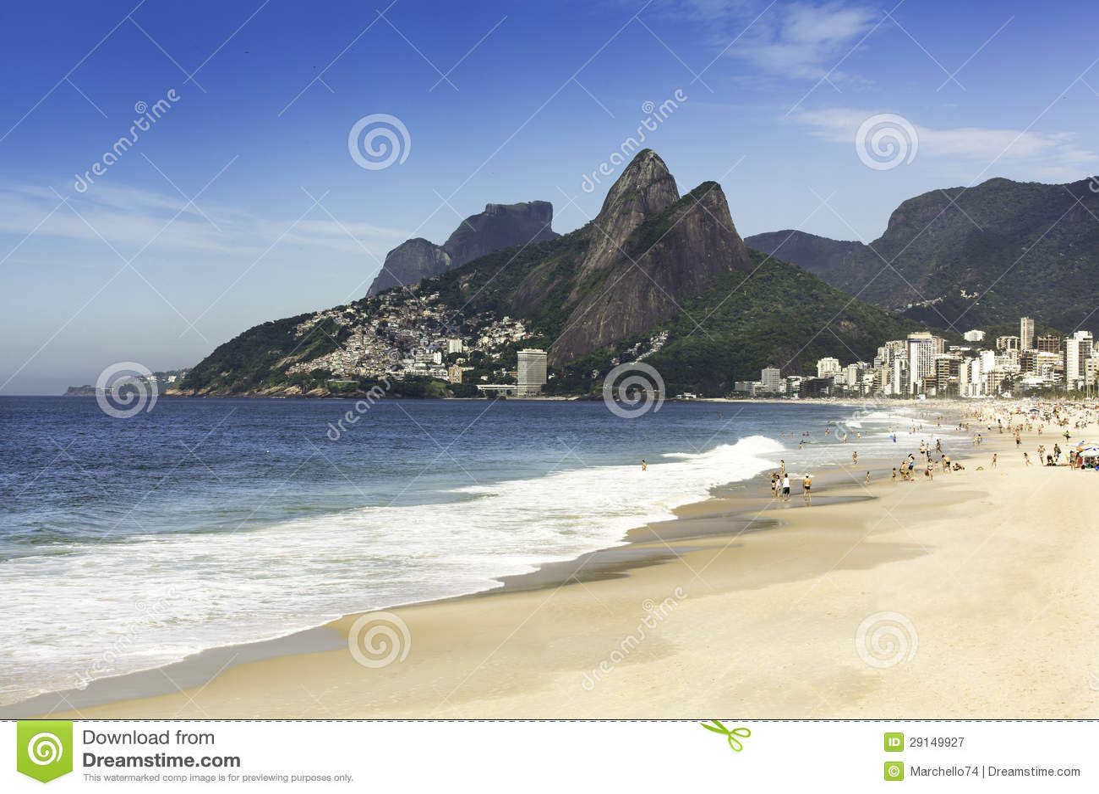 Playa de Ipanema por la mañana